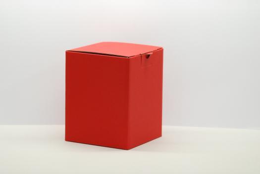 Pudełko z mikrofali czerwone
