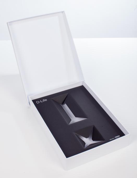 Pudełko na kontakty